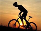骑自行车(小轮自行车或爬坡)