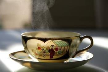 喝什么茶能消除脸水肿 轻松告别水肿脸