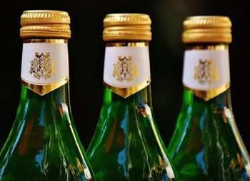面瘫后多久能喝酒 面瘫对生活的影响大吗
