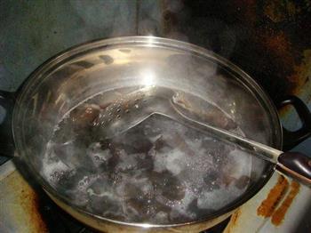 木耳拌豆腐的做法图解3