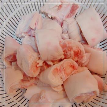 玫瑰腐乳猪蹄的做法图解1