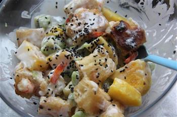 菠萝油条虾的做法步骤13