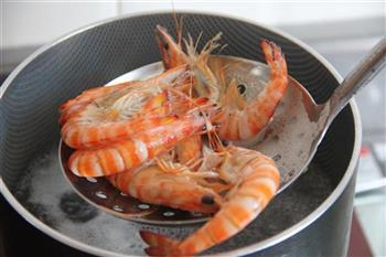 菠萝油条虾的做法步骤5