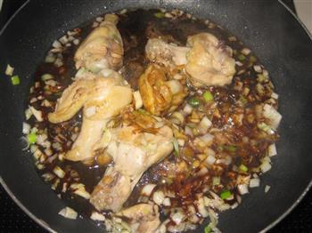红烧鸡翅根的做法步骤10