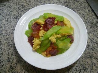 莴笋腊肉炒鸡蛋的做法步骤13