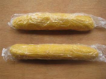 奶香玉米窝窝头的做法图解5