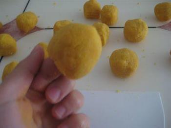 奶香玉米窝窝头的做法图解9