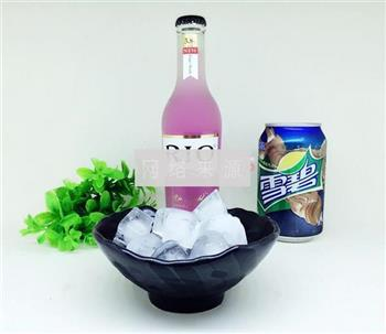 RIO紫色迷情鸡尾酒的做法图解1