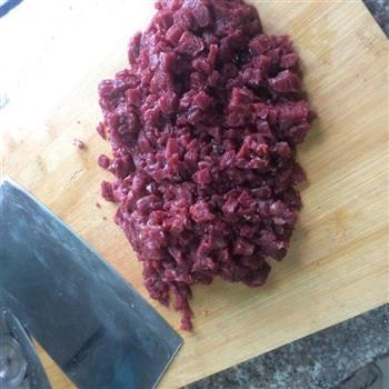 牛肉香辣酥的做法图解2