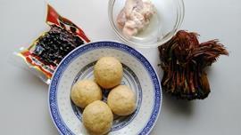 香椿豆豉窝窝头的做法图解1