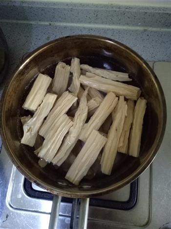 萝卜缨拌腐竹的做法图解6