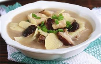 腌汆清江鱼块的做法图解7