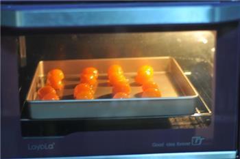 紫薯蛋黄酥的做法图解7