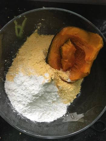 新西兰南瓜玉米糯米窝窝头的做法图解1