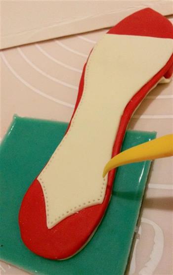 红色高跟鞋翻糖注册免费送体验金平台的做法图解3