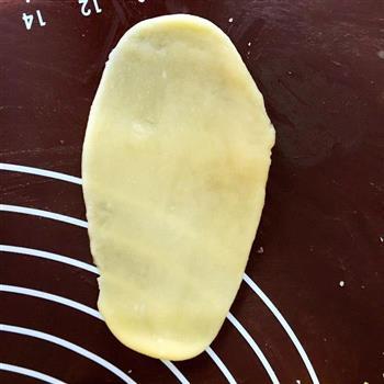 玉米油版绿豆饼,一样很酥很酥的做法图解7