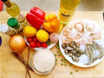 西班牙海鲜饭的做法图解1