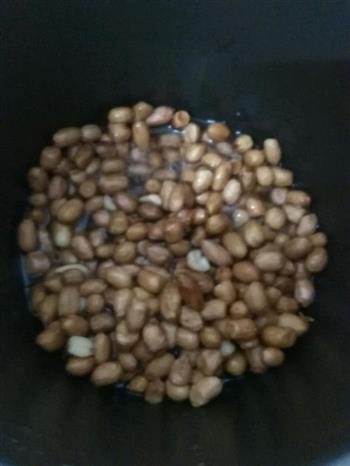 第一次炒花生米的做法图解5