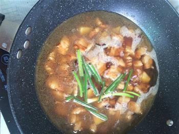土豆红烧肉的做法图解6