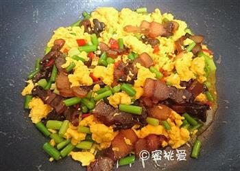 蒜苔腊肉炒鸡蛋的做法图解20