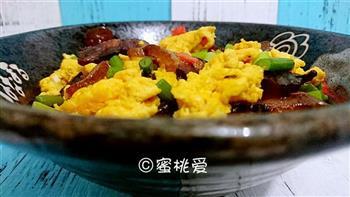 蒜苔腊肉炒鸡蛋的做法图解22