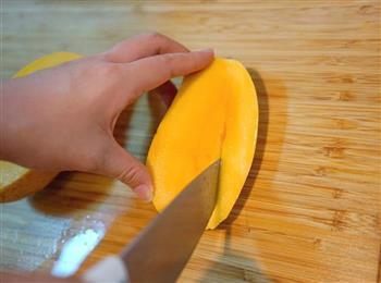 芒果果酱-豆浆机版的做法图解1