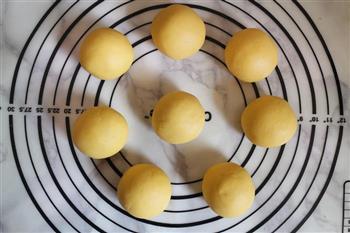 玉米面窝窝头的做法图解4