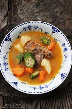 牛骨杂蔬汤