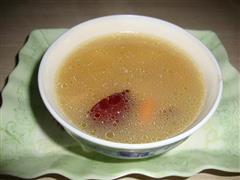 淮山红枣枸杞骨头汤