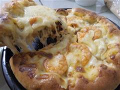 菠萝叉烧芝心披萨