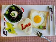 吐司煎蛋--用食物表达爱
