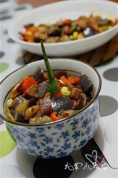 小米椒腊肉炒茄丁