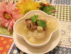 苦瓜莲子排骨汤