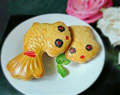 金鱼豆沙月饼