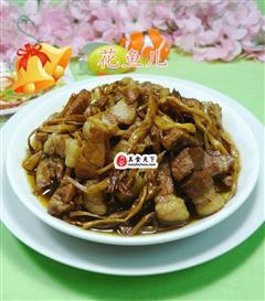 黄花菜烧猪肉