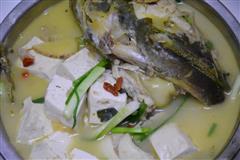 鱼头豆腐汤家常做法