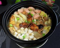 金蚝鲜味砂锅煲