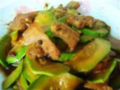 西葫芦小炒肉