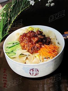 台式肉臊炸酱面