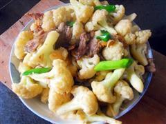 腊肉炝菜花