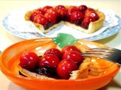 香酥蓝莓樱桃派