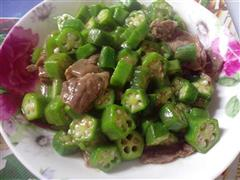 秋葵牛肉片