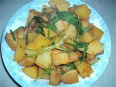 回锅肉烧土豆