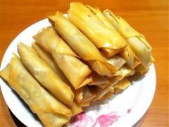 猪肉芹菜春卷