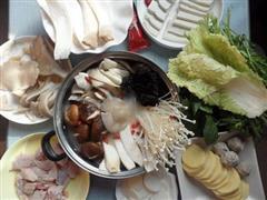 养生菌菇火锅