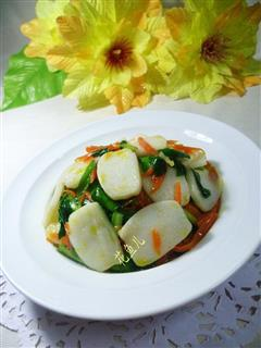 韭菜胡萝卜炒年糕