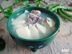 甜笋骨头汤
