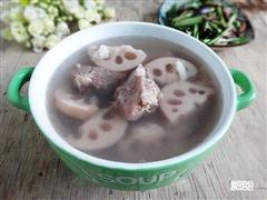 百合莲藕骨头汤