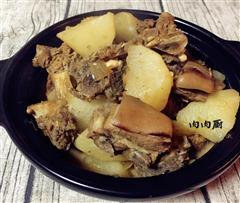 白萝卜羊肉煲