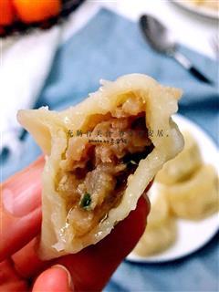 白萝卜猪肉馅蒸饺